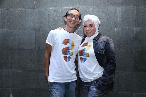Melly Goeslaw dan Anto Hoed siap beraksi di konser peluncuran album soundtrack AADC 2 © KapanLagi.com/Agus Apriyanto