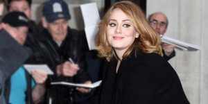 Wow! '25' Adele Kembali Sukses Rajai Chart Billboard 200 Album