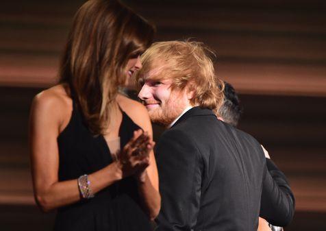 'Thinking Out Loud', menghantarkan Ed Sheeran pada penghargaan Song of the Year dari BMI London Awards © AFP