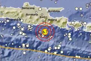 Gempa 6,7 SR Guncang Malang